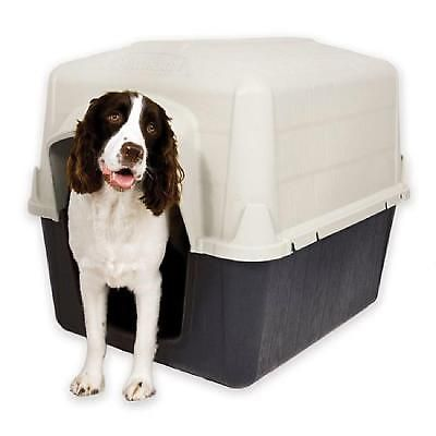 Traditional Dog House 32in Outdoor Shelder Case Foam Insulated 25-50 Lbs Wood