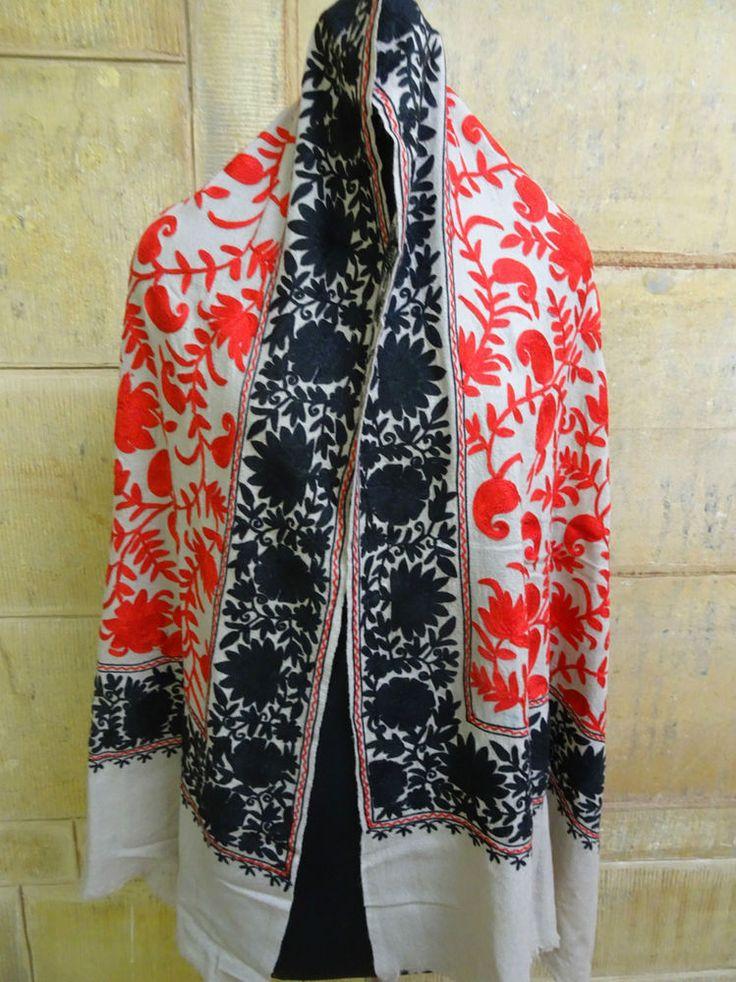 Embroidered, Jamavar, Paisley, Wool Shawl. Crewel Embroidery on Jamawar 1138