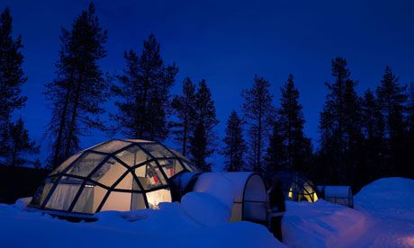 Finland+Igloo+Northern+Lights | Glass igloos at Kakslauttanen offer a perfect window on the polar sky ...