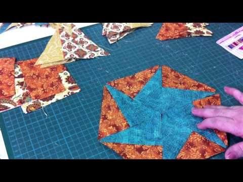 In questo video tutorial, vedrete la realizzazione di una stella in patchwork, molto diversa dalle altre già viste, in più è un lavoro molto semplice da