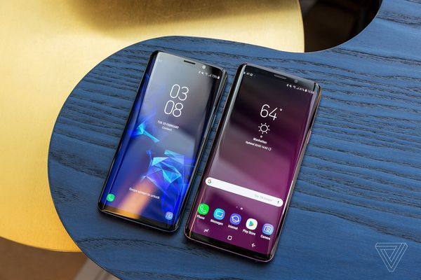 SAMSUNG Galaxy S9 PRICE $720 Arriving in March. Better Camera, AR Emojis, Real time Translator. Specification  https://xendertech.com/samsung-galaxy-s9-arrives-march-16-720-better-camera-ar-emojis-real-time-translator
