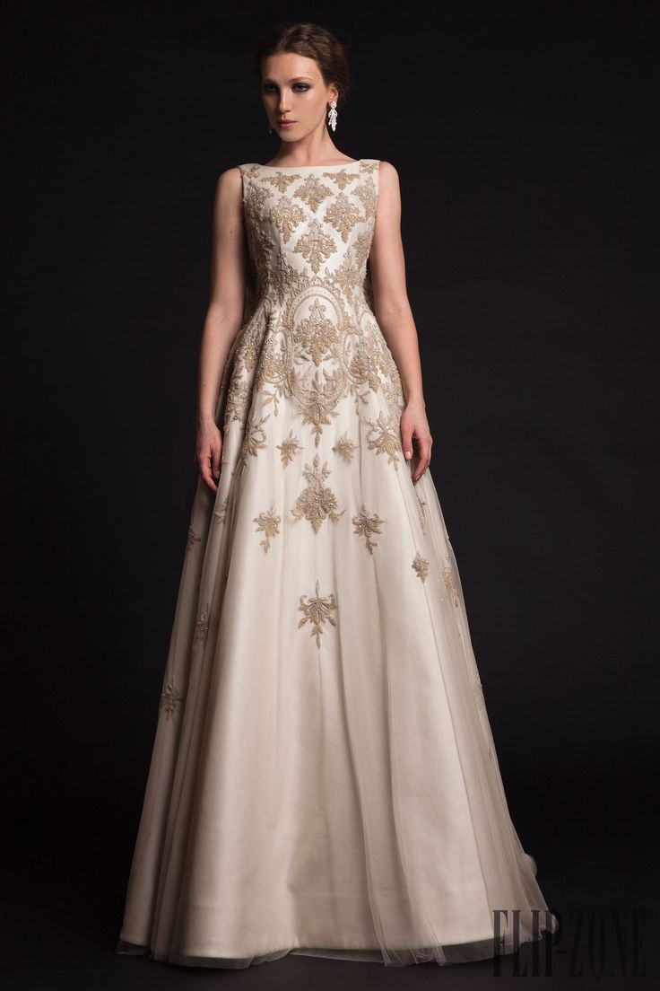 Krikor Jabotian Printemps-été 2015 - Haute couture - http://fr.flip-zone.com/fashion/couture-1/fashion-houses/krikor-jabotian-5628