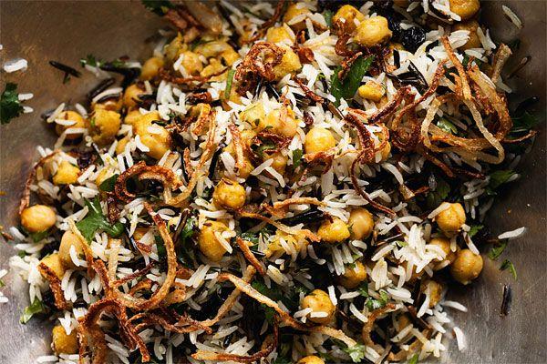 RECEPT. Basmati & wilde rijst met kikkererwten, krenten & kr... - De Standaard