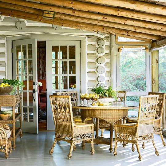 Best 25 cabin porches ideas on pinterest for Log cabin screened in porch