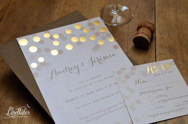Faire-part et carton-réponse RSVP de mariage en dorure à chaud et numérique, imprimé sur papier irisé. Pour un mariage glamour, or, festif, confetti. A découvrir sur Les-Libellules.fr
