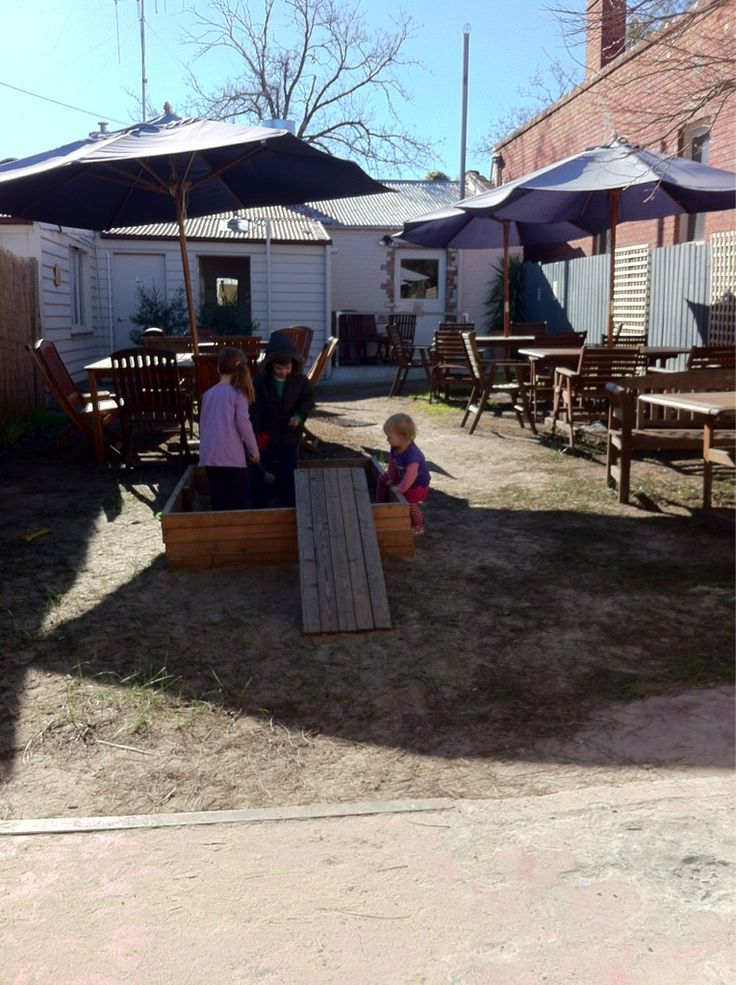 Day3: Favourite Cafe - Fruit Kebabs a massive hit with the kids today - Bendigo Corner Store Cafe by @TeaHireBendigo