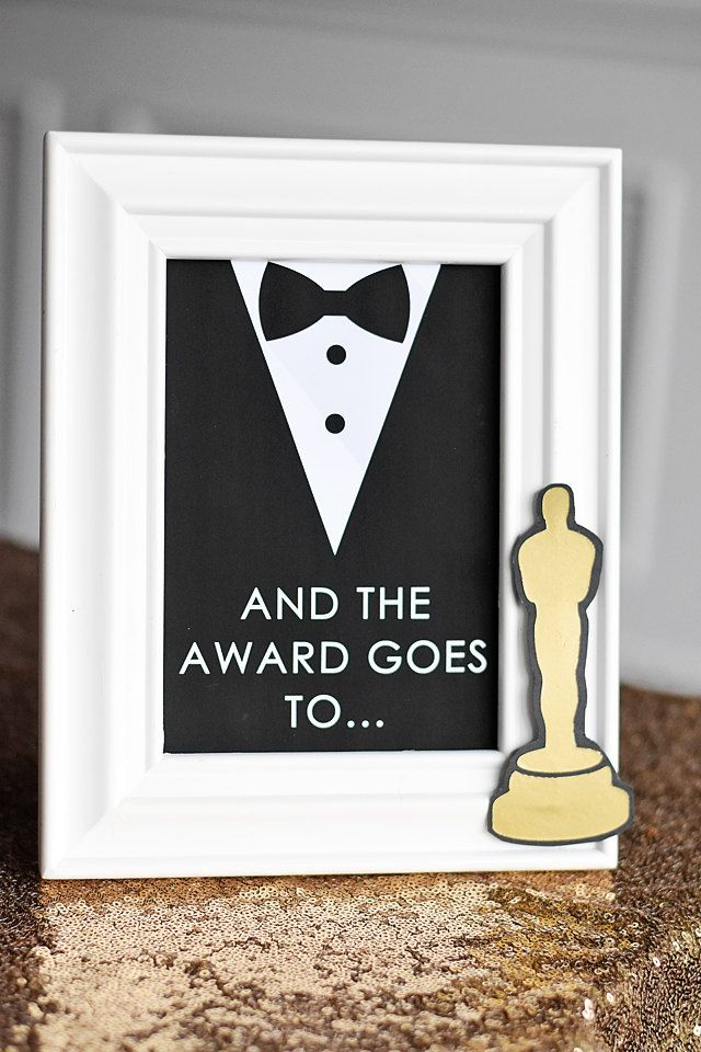 """Oscars Party """"And the Award Goes To..."""" 5""""x7"""" Instant Download Printable PDF Sign, Red Carpet, Movie Star, Golden Globes, Academy Awards by EmilyEntertains on Etsy"""