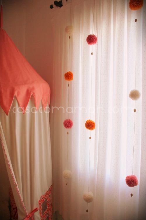 pompons em cortinas: