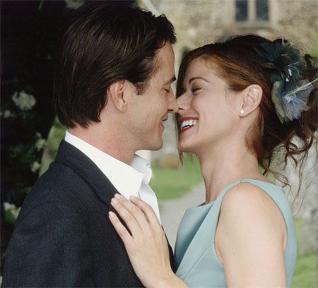 The Wedding Date 2005 Debra Messing Returns Home To London For Her Sister S