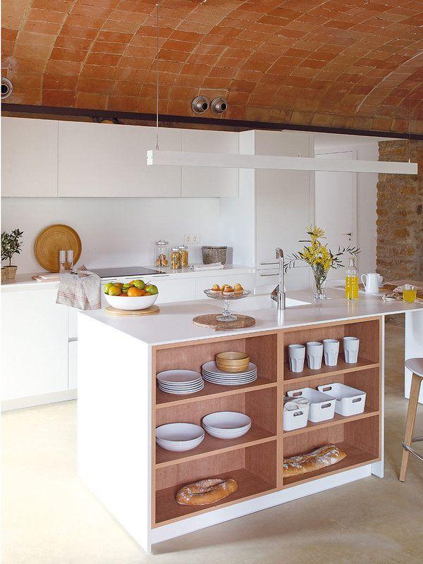 Esta #casa luce el estilo #rústico más #actual #piedra #campo #Ampurdan #cocina