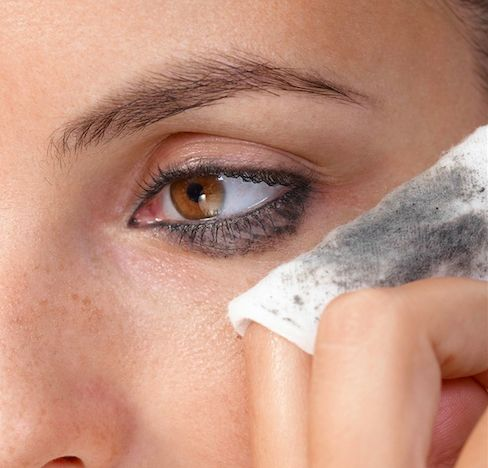How to Remove Your Pageant Makeup Without Damaging Your Skin   http://thepageantplanet.com/how-to-remove-your-pageant-makeup-without-damaging-your-skin/