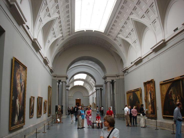Museo Nacional Del Prado   :   Es una de las pinacotecas más importantes del mundo, y cuenta con una inigualable colección de pintura española, italiana y flamenca. Está situado en Madrid, España. Junto con el Museo Thyssen-Bornemisza y el Museo Reina Sofía, forma el Triángulo del Arte, meca de numerosos turistas de todo el mundo.