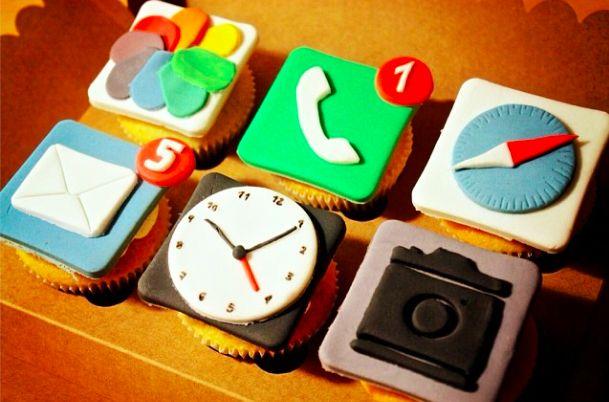 Iphone Cupcake!!