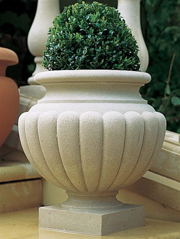 Haddonstone Shugborough Vase Planter In 2020 Planters Garden Planters Vase