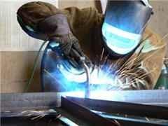 Tips on getting welding jobs.