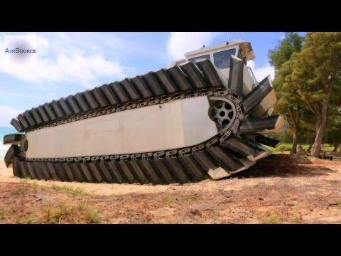 US Marines MASSIVE Experimental Amphibious Vehicle - Ultra Heavy-Lift Amphibious Connector - YouTube