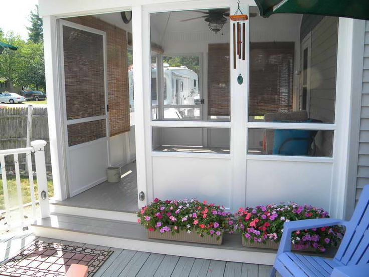screened porch ideas with colorful flowers plants