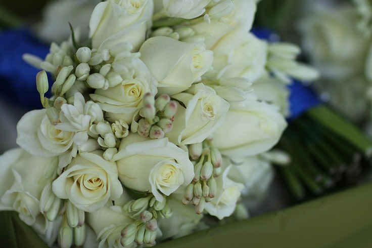Bouquet of ivory roses & Tuber Roses  http://www.redearthflowers.com.au/  #weddings #white #rose #bouquet