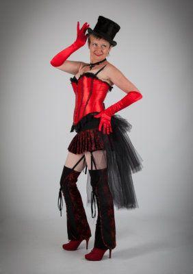 Lady Bahiga's Pin-up & Burlesque Tanz