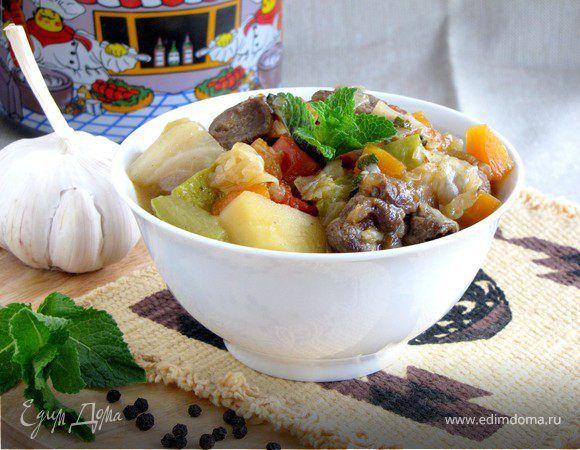 Рагу из баранины по-ирландски. Ингредиенты: баранина, морковь, картофель
