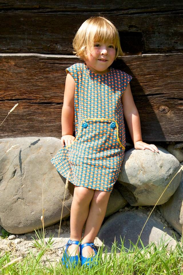 Compagnie-M: Louisa dress with Lotta cap sleeves in tricot!! Super leuk!