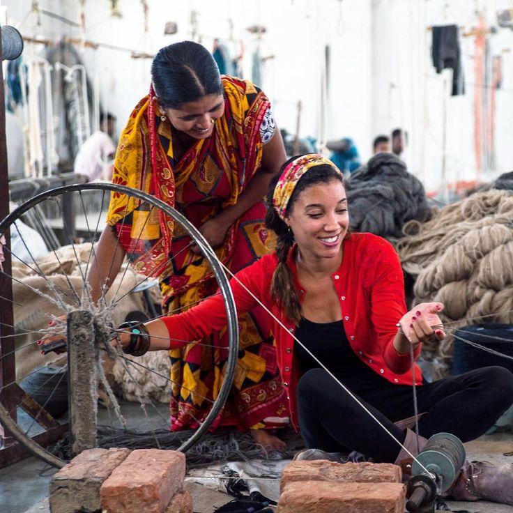 Tutti hanno uno stile, ma pochi hanno mani abili come quelle dei nostri artigiani! I nostri produttori indiani confezionano tra i tappeti in assoluto più morbidi della nostra collezione. Scopriteli qui: http://www.sukhi.it/india.html