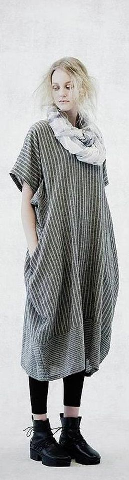 Dress shape...and the changed direction of stripes in hem panel  [MOYURU SS2015 ♥FCL]