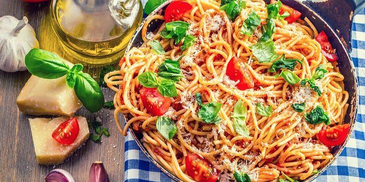 All praise spaghetti bolognaise