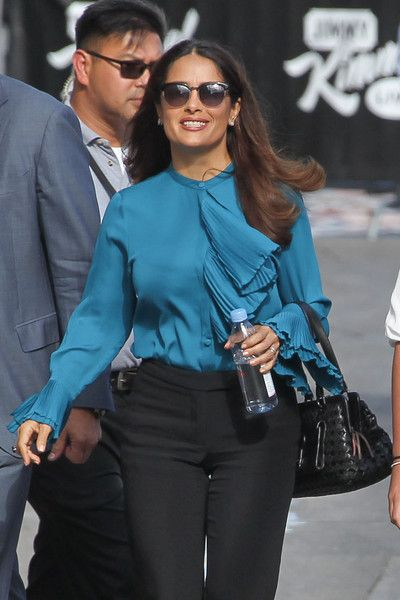 Salma Hayek Photos - Salma Hayek is seen arriving at 'Jimmy Kimmel Live' on September 1, 2015. - Salma Hayek Arrives at 'Kimmel'