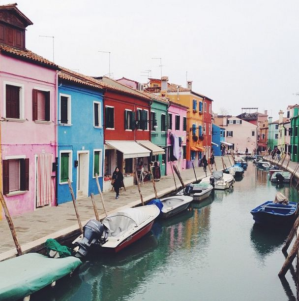 Retour sur un week-end de 3 jours dans une ville qui évoque le romantisme, j'ai nommé la belle Venise. City guide et bonnes adresses.