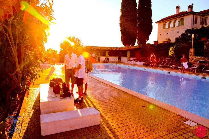 17 migliori idee su feste in piscina su pinterest party for Idee party in piscina