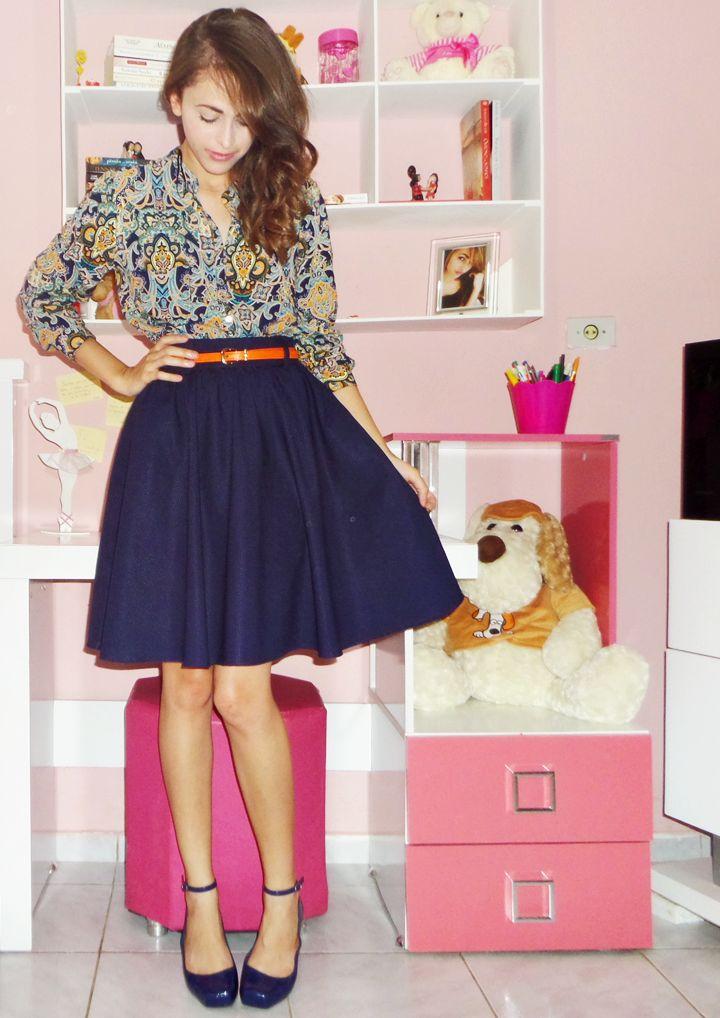 Estilo Evangélico Godê. Camisa Feminina, Saia godê, Lady Like. Look completo no blog : http://www.byanak.com.br/2015/01/gode.html
