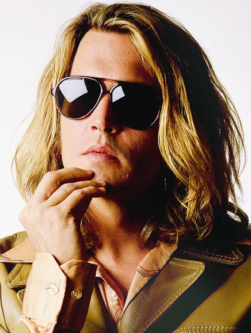 Johnny Depp lindo de qualquer jeito, no filme Blow, Profissão de Risco.