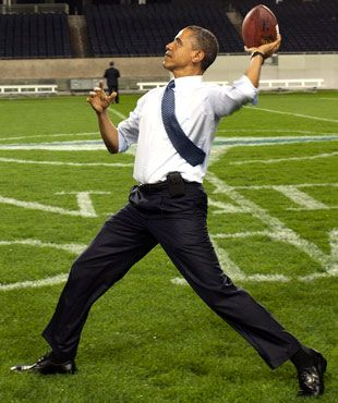President Obama throwing the pigskin in Soldier field.: Presidents Obama, Pigskin, Faces, Inspiration, U.S. Presidents, Obama Throw, Democrat, People, Soldiers Fields
