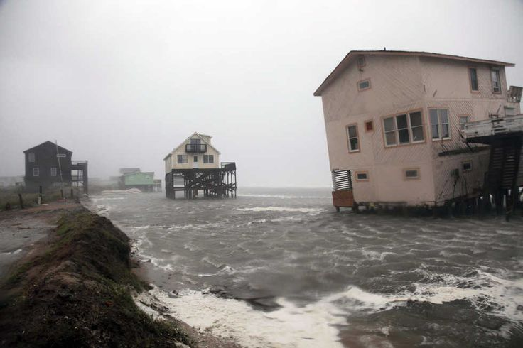 ABANDONED NORTH CAROLINA HOMES | Abandoned beach front houses are surrounded by rising water as the ...