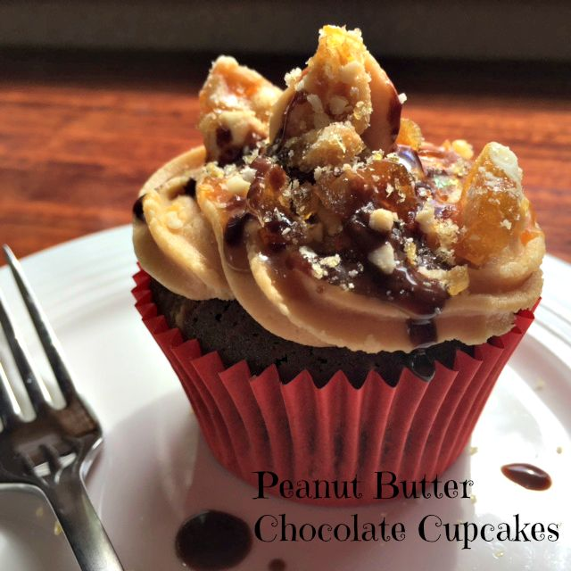 These Peanut Butter & Chocolate Cupcakes have a peanut butter frosting ...