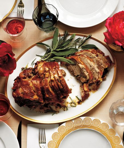 This easy-to-execute dinner party menu, complete with a timeline and shopping list.
