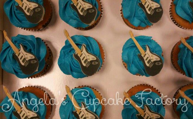 Guitar cupcakes Gitaar cupcakes