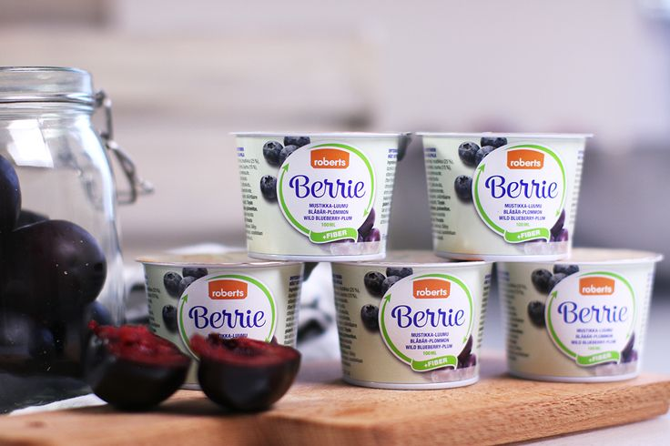 New Berrie +Fiber (flavours wild blueberry and plum!) is now available online! One package includes more fiber than a plate of porridge, wow!