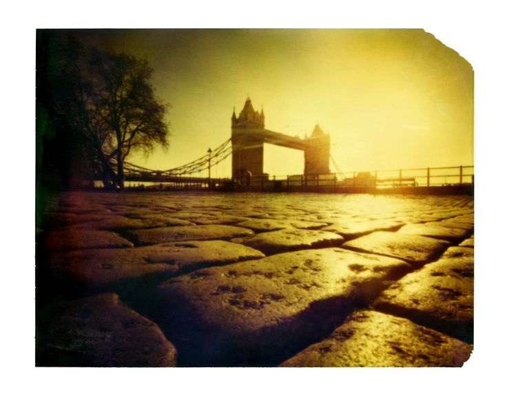 Luca Baldassari. Tower Bridge di Londra. Foro stenopeico