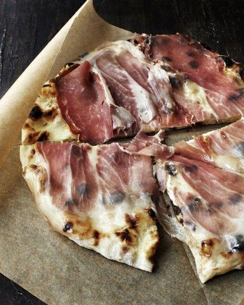 No-knead pizza