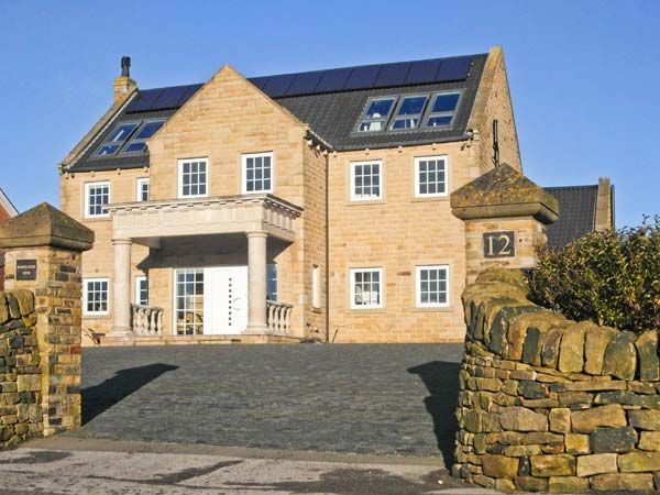 7 Bedroom Cottage Pet Friendly In Hepworth 1966206 Colonial House Cottage Holiday Home