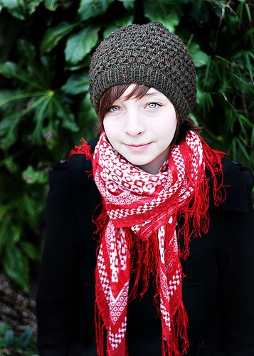 Ravelry: Free Knitting Pattern: Slouched Tuva Hat. Cute Knit Beanie Hat. http://turvid.blogspot.com/2009/05/free-pattern-slouched-tuva-hat.html < pattern link.