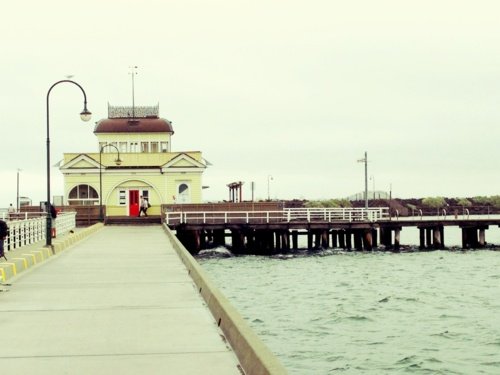St. Kilda Pier - We drank a beer here and saw little blue fairy penguins in the rocks :)