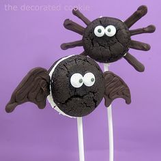 Oreo Cakester bat and spider pops for Halloween