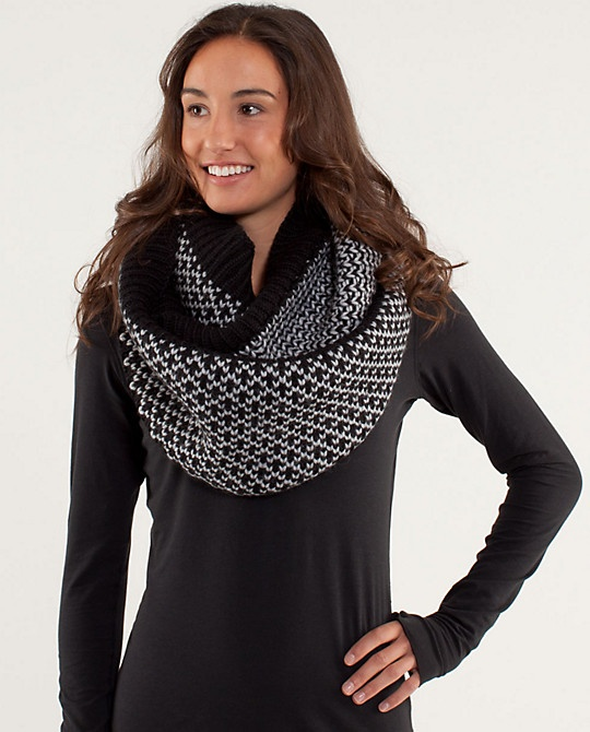 $78 @lululemon scarf = major want for this winter! <3