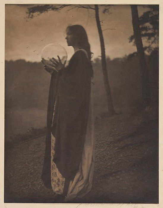 Clarence Hudson White. The Bubble 1898