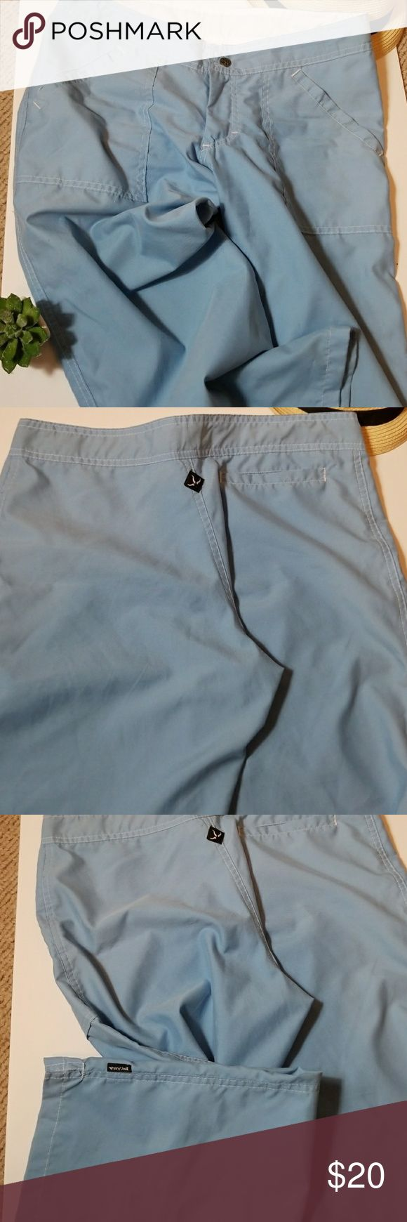 "PrAna Med 100%polyester hiking yoga capri Med. Super soft Patna pants inseam is 25"" two front pockets, one on the back,zipper and snap closure.straight leg. prana Pants Capris"
