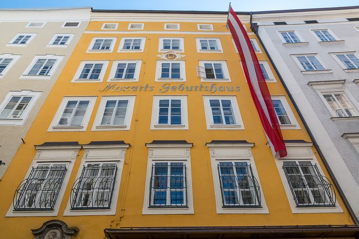 https://flic.kr/p/GQRW3e | Mozarts Birth House (Geburtshaus) Salzburg, Austria | Mozarts Birth House (Geburtshaus) Salzburg, Austria.