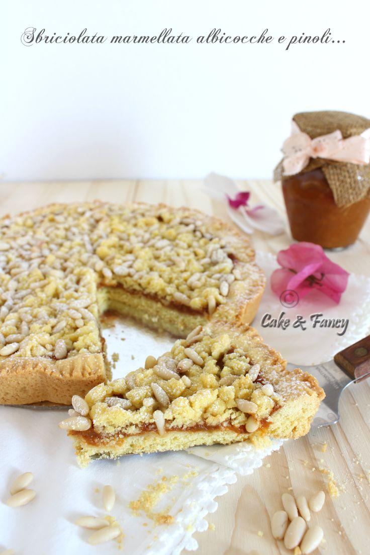 sbriciolata albicocce e pinoli - marmellata con cannella